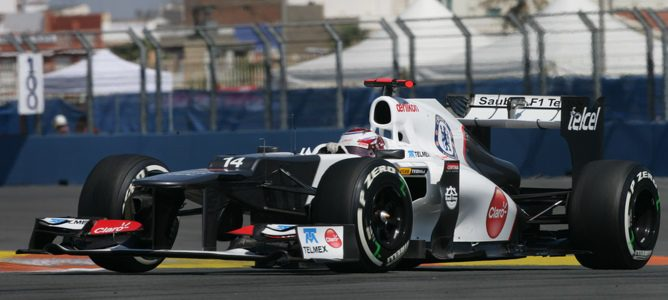 Kobayashi rodando en pista