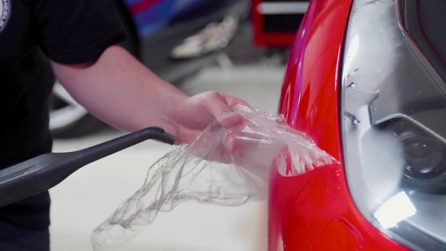 How to Remove Paint Protection Film on Ferrari? | F1 Automotori