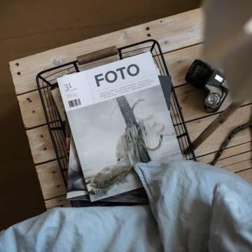 Založte si knihovnu s časopisem FOTO. 1+1 zdarma