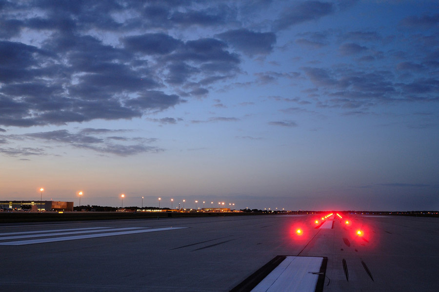 Runway Status Lights Photo Gallery