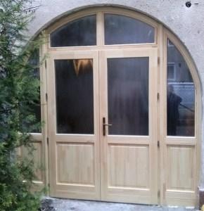 Fa bejárati ajtó Szentendre