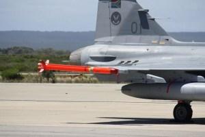 A-Darter em aeronave Gripen  Denel