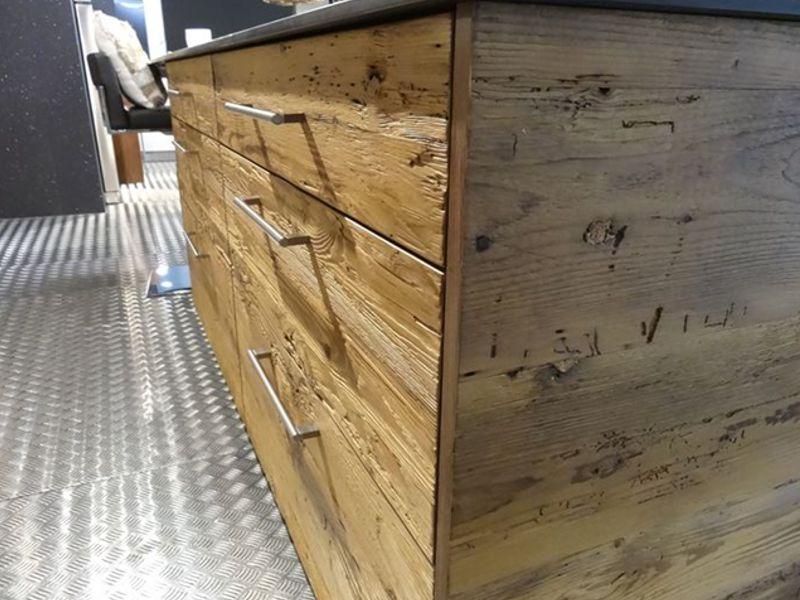 Produzione cucine in legno vecchio