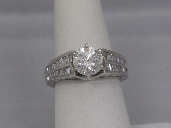 18k White Gold Baguette Diamond Ring, appox 2ct I1 Center Diamond - $10,000