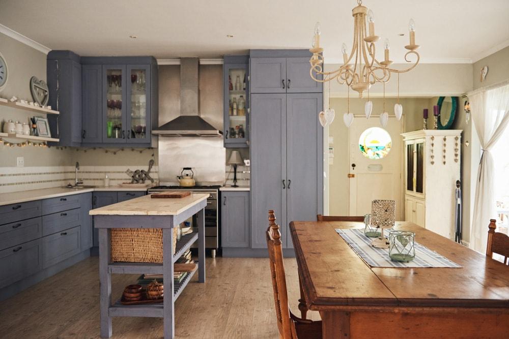 Arredare una cucina rustica ecco i dettagli da non trascurare  Faber