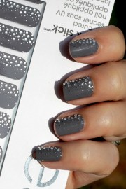manicure mondays - essie sleek