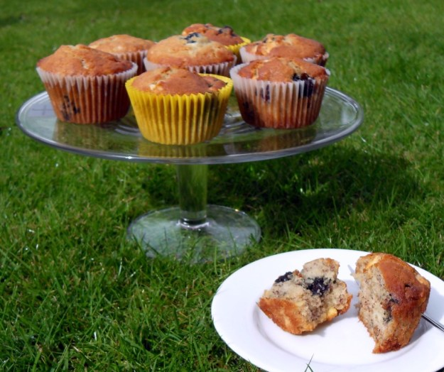 Mothers Day, Mothering Sunday, healthy, cupcakes, fruit
