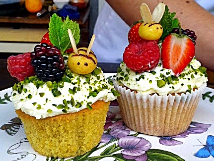 Woking Food & Drink Festival, Frances Quinn, Orange Bee Cupcakes