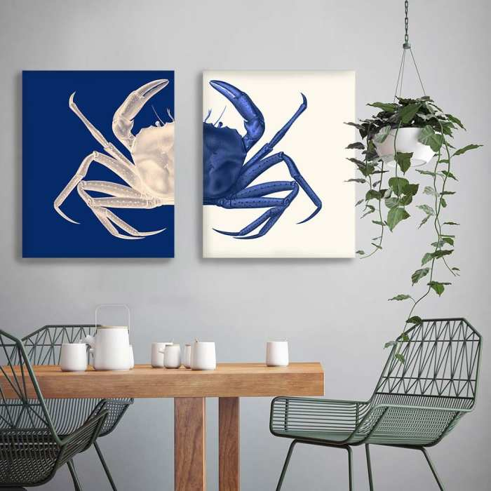 Contrasting Crab in Navy Blue