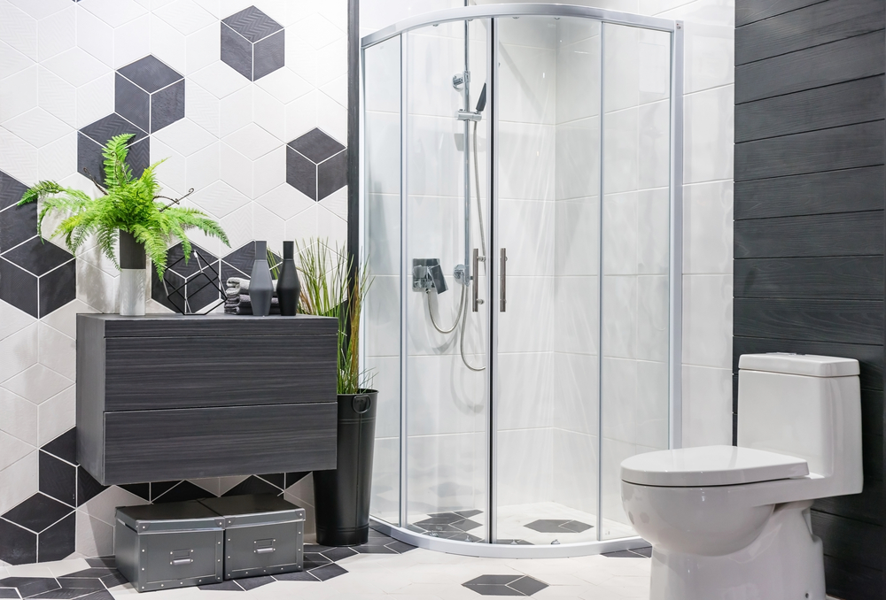 Unique Shower Door Ideas For Small Bathrooms