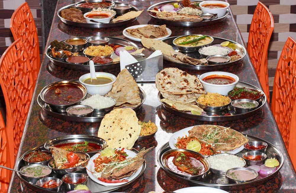 13 Best Restaurants In Mahabaleshwar Veg Non Veg Restaurants