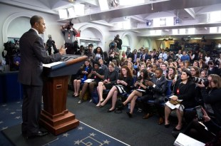 Come organizzare una conferenza stampa