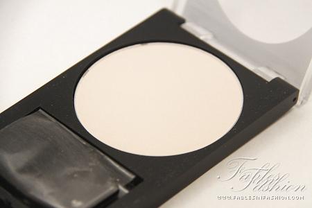how to use revlon photoready translucent finisher
