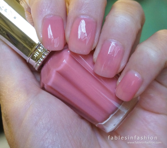 Jill Stuart Nail Lacquer R - 06 Baby Dress Swatches
