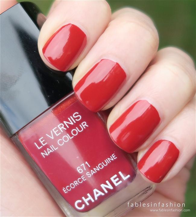 chanel-fall-2015-671-ecorce-sanguine