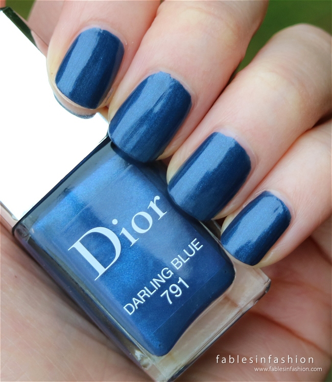 dior-fall-2015-le-vernis-791-darling-blue