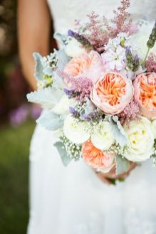 peach garden roses bouquet,garden roses wedding bouquet,english garden roses bouquets,garden roses bridal wedding bouquets