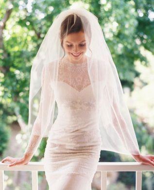 Tulle and Chantilly Lace Drop Mantilla Wedding Veil.