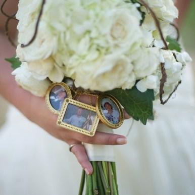 personalized wedding bouquet