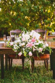 wedding reception in The Peach Orchard | Photography : marymargaretsmith.com | https://www.fabmood.com/a-cozy-fall-wedding-in-the-peach-orchard #peach #fallwedding