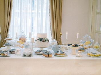 Wedding desserts table | Light Blue Winter Wedding Read more Real Winter Weddings | fabmood.com #winterwedding
