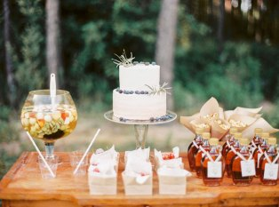 wedding dessert table | Cozy and Intimate Rustic Wedding | Photography : yuriyatel.com | read more: fabmood.com