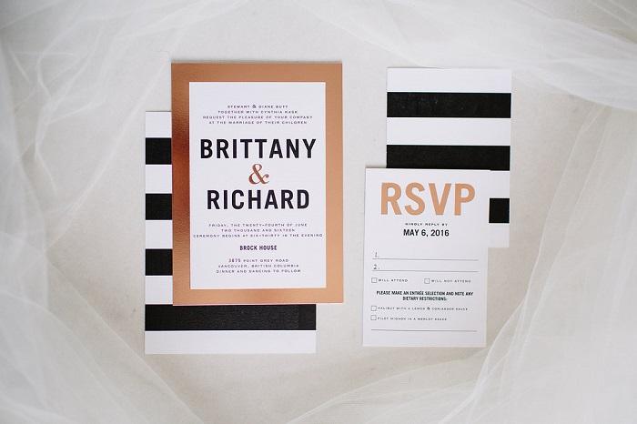 Modern black , white and gold striped wedding invitations for garden wedding | fabmood.com #weddinginvitation #blackandwhite #blackwhiteweddinginvites