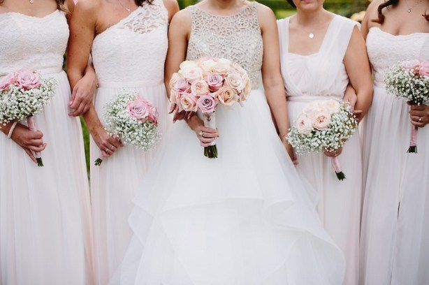 A beautiful Hayley Paige bride + Mismatched white bridesmaid dresses | fabmood.com #whitewedding