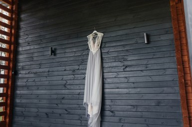 Misty gray color theme - Misty grey chiffon wedding dress | fabmood.com #weddingdress #greyweddingdress #weddingdress