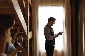 Groom's getting ready | rustic boho wedding | fabmood #wedding #rusticwedding #groom