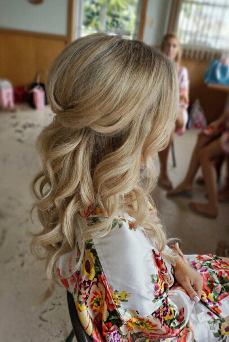 Pretty Half up half down curl hairstyles - partial updo wedding hairstyle #weddinghair #hairstyles #bridalhair #weddinghairstyle #halfuphalfdown #hair