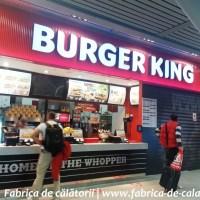 Cum poți mânca la Burger King din Aeroportul Otopeni, singurul din România?