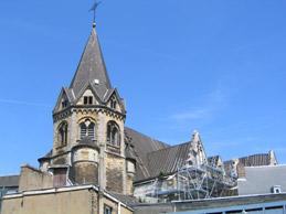 Le clocher octogonal.