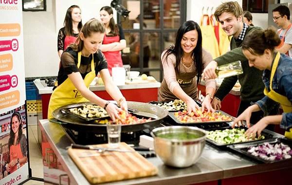 Kulinarne integracje dla firm