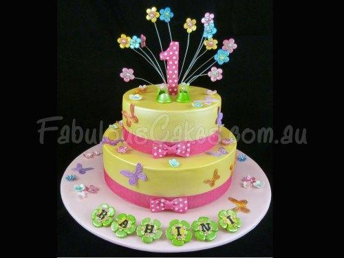 girly-first-yellow-birthday-cake