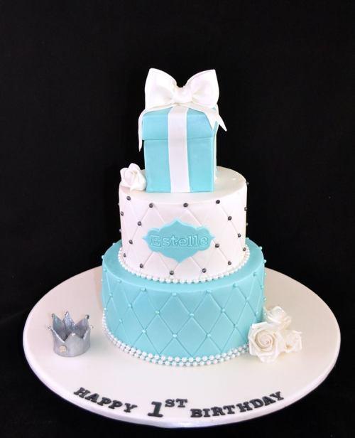 Tiffany and Co Theme Cake