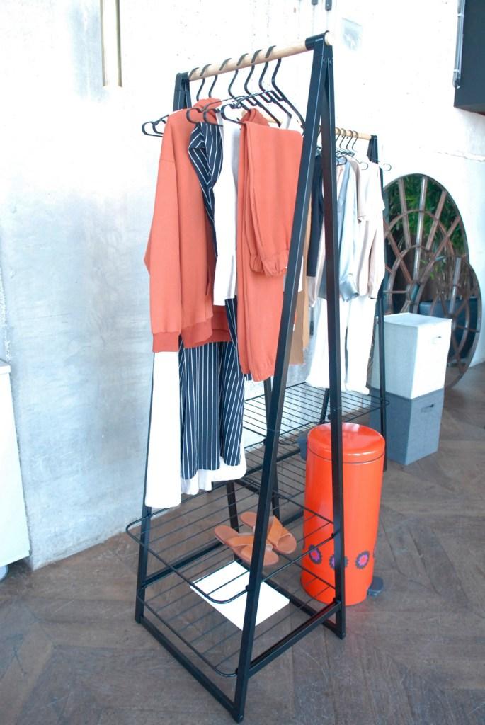 Brabantia bestaat 100 jaar! Brabantia Linn kledingrek Patrice oranje paarse bloemen