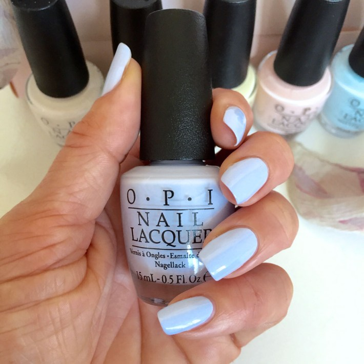 Review OPI SoftShades Pretty in Pastels I Am What I Amethyst swatch