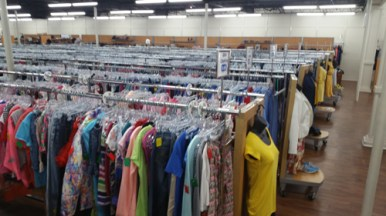 fab-finds-city-rescue-mission-recovered-treasures-thrift-store-inside-2