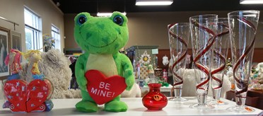 Fab-Finds-haven-hospice-attic-frog