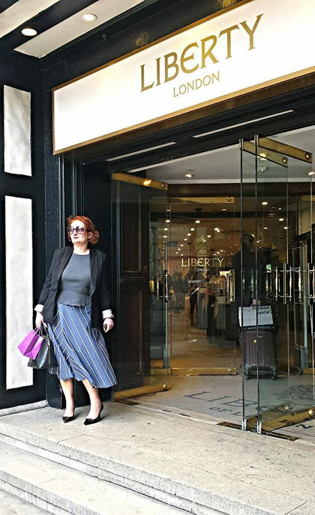 My interpretation? Vintage Goray 1970's skirt - Retreat Vintage, t-shirt Joseph, Tux Jacket H&M, shoes Jimmy Choo and bag Louis Vuitton.
