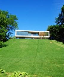Modern Contemporary Lake Homes
