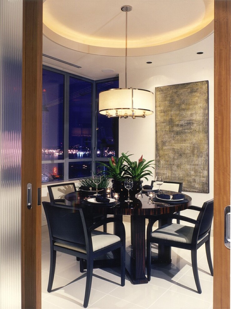 8 Dining Tables Round Room
