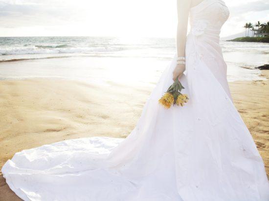 BRIDE-BEACH-iStock_000013354966_Double