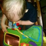 Entertain Your Infant or Toddler during Travel with the Play-n-Go