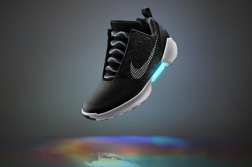 NIKE-hyperadapt-1.0-earl-self-lacing-sneakers-tinker-hatfield-interview-designboom-01