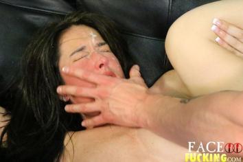 Face Fucking Deliah Dukes