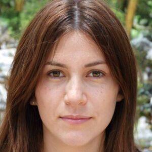 Profile photo of arianna