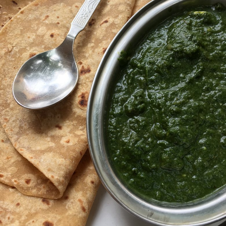 Spinach and paneer with roti