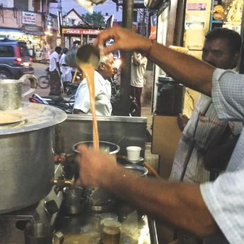 Chai Wallah in the market at Karaikudi.